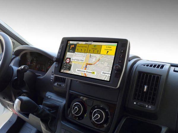 Ducato-Jumper-Boxer_X903D-DU2_integrated_navigation_map-Lane-Guidance